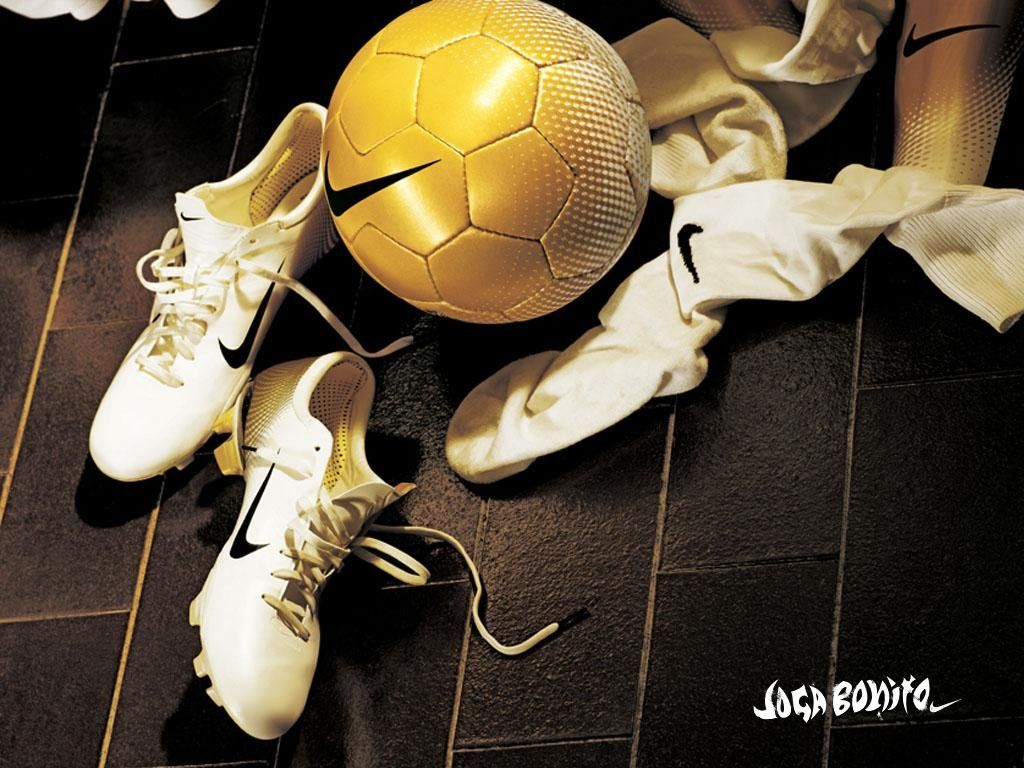 fotbal-74606_80-c1024xc768.jpg